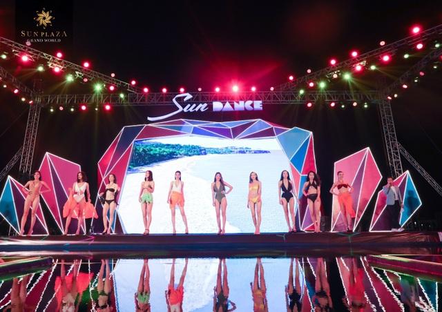 """Bích Phương và bikini show """"bỏ bùa"""" khán giả Hạ Long tại Sun Dance Festival - 4"""