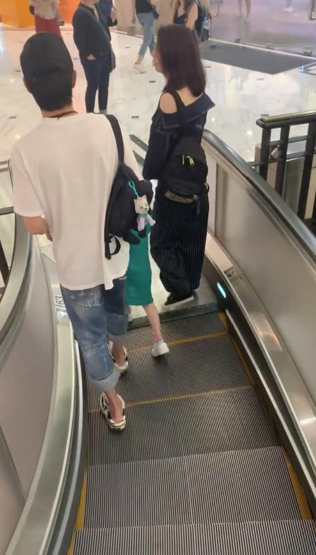 """Hồng Hân xuất hiện hạnh phúc, tha thứ cho """"ông xã"""" ngoại tình - 3"""