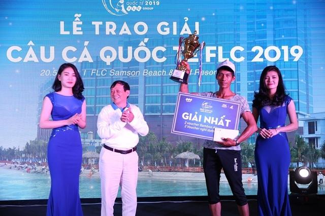 """Hơn 200 cần thủ hào hứng tranh tài tại """"Giải câu cá Quốc tế FLC 2019"""" - 4"""