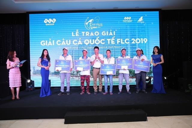 """Hơn 200 cần thủ hào hứng tranh tài tại """"Giải câu cá Quốc tế FLC 2019"""" - 5"""