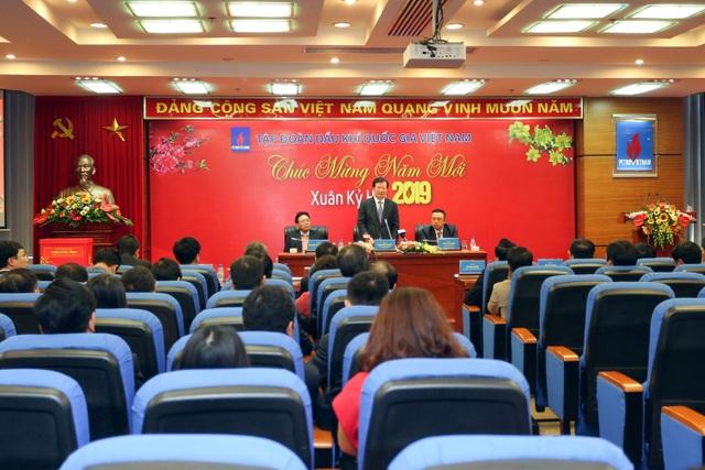Phó Thủ tướng Trịnh Đình Dũng làm việc, chúc mừng năm mới Tập đoàn Dầu khí Việt Nam - 2