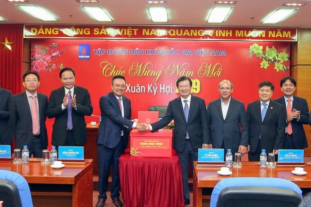 Phó Thủ tướng Trịnh Đình Dũng làm việc, chúc mừng năm mới Tập đoàn Dầu khí Việt Nam - 4