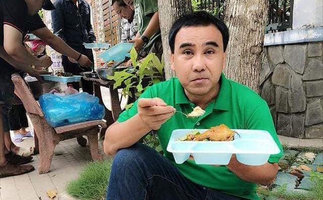 """Vì sao MC Quyền Linh tuyên bố """"cuối năm giải nghệ""""? - 3"""