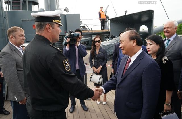 Thủ tướng thăm những địa chỉ đỏ tại Nga  - 2