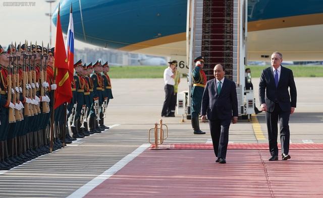 Thủ tướng Việt - Nga trao đổi nhiều dự án hợp tác quan trọng - 1