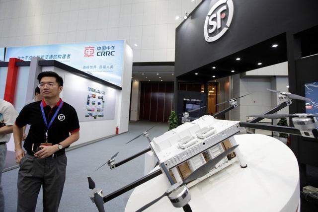 Sau Huawei, Mỹ cảnh báo mối đe dọa an ninh từ thiết bị bay Trung Quốc - 1