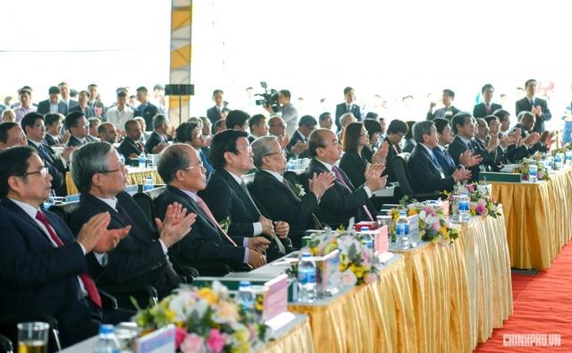 Dự lễ vận hành thương mại Nhà máy Lọc hoá dầu Nghi Sơn: Thủ tướng yêu cầu PVN tiếp tục làm tốt hai nhiệm vụ - 1