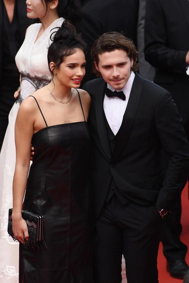 Cậu cả nhà Beckham dự LHP Cannes cùng bạn gái - 10