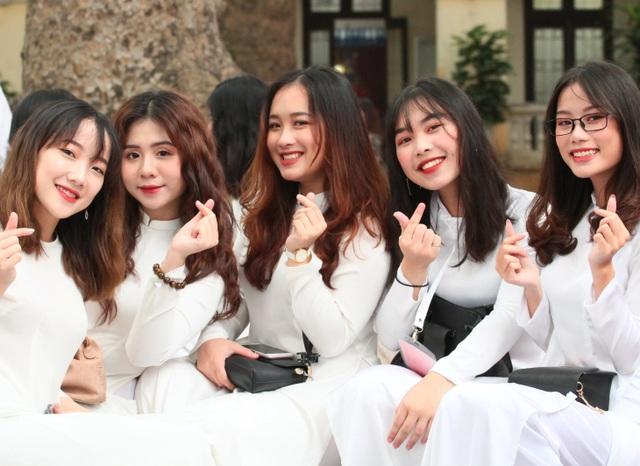 Những nữ sinh xinh đẹp, dễ thương trường Phan Đình Phùng ngày bế giảng - 1