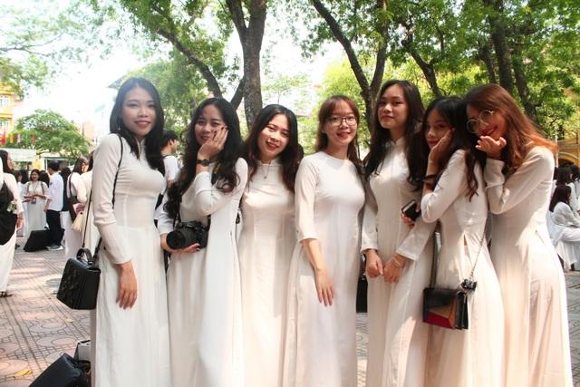 Những nữ sinh xinh đẹp, dễ thương trường Phan Đình Phùng ngày bế giảng - 7