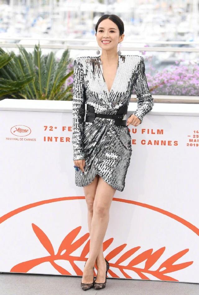Thần thái đỉnh cao, Chương Tử Di tiếp tục tỏa sáng tại Cannes - 12