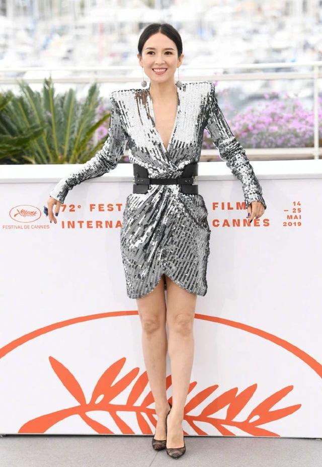 Thần thái đỉnh cao, Chương Tử Di tiếp tục tỏa sáng tại Cannes - 15