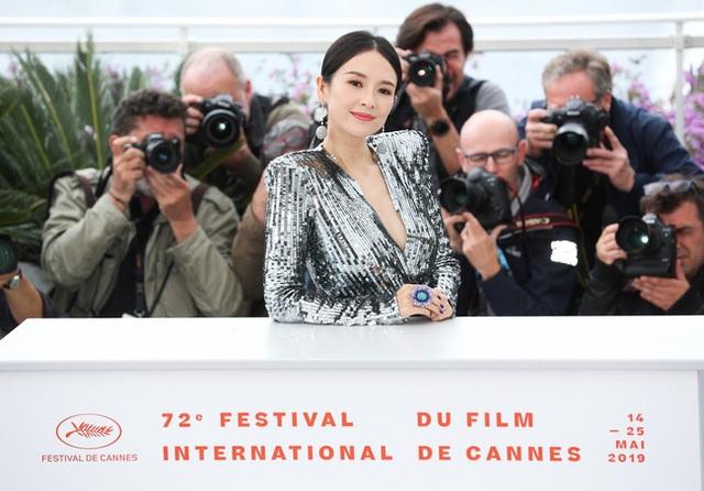 Thần thái đỉnh cao, Chương Tử Di tiếp tục tỏa sáng tại Cannes - 21