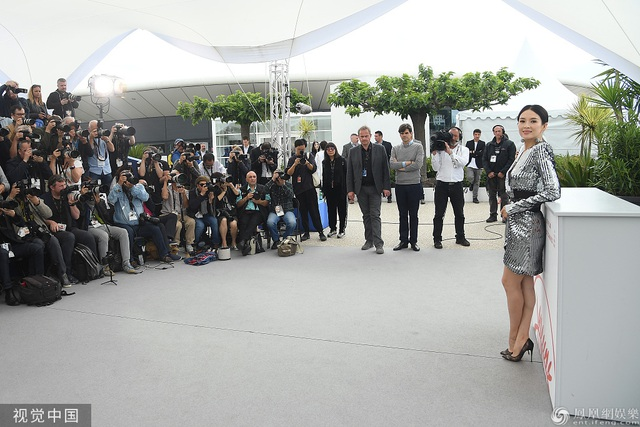 Thần thái đỉnh cao, Chương Tử Di tiếp tục tỏa sáng tại Cannes - 20