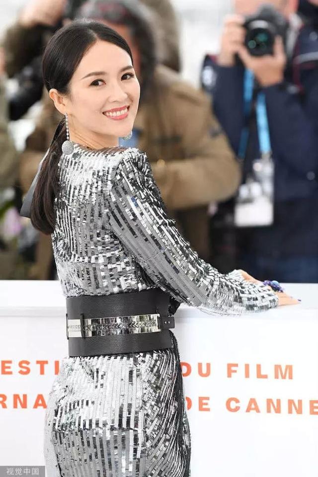 Thần thái đỉnh cao, Chương Tử Di tiếp tục tỏa sáng tại Cannes - 5