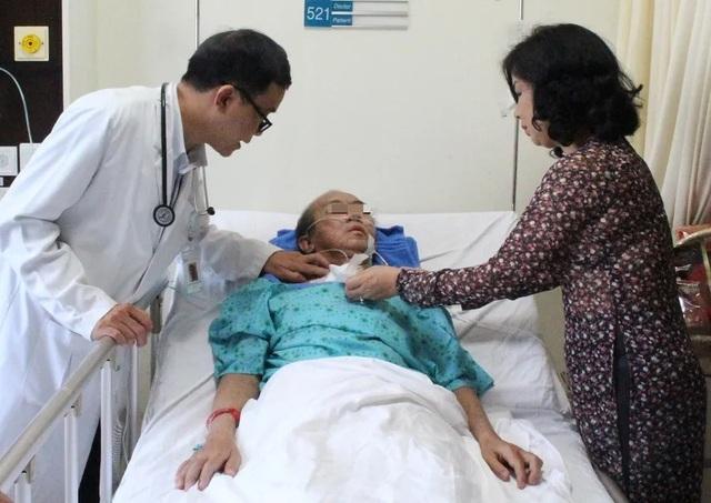 Tự ý dùng thuốc trị cảm cúm bệnh nhân bị phù, xuất huyết toàn thân - 2