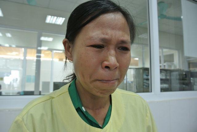 Nhận 160 triệu tiền bạn đọc giúp đỡ, người đàn bà có con chờ chết chia nỗi đau với cậu bé 12 tuổi bị ung thư - 2