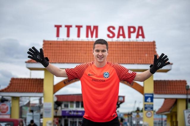 Thủ môn Filip Nguyễn chia sẻ về tuổi thơ khó khăn khi chơi bóng ở CH Séc - 2