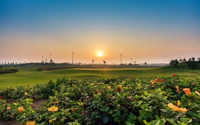 Đại sứ Anh lần đầu chơi golf tại Việt Nam - 2