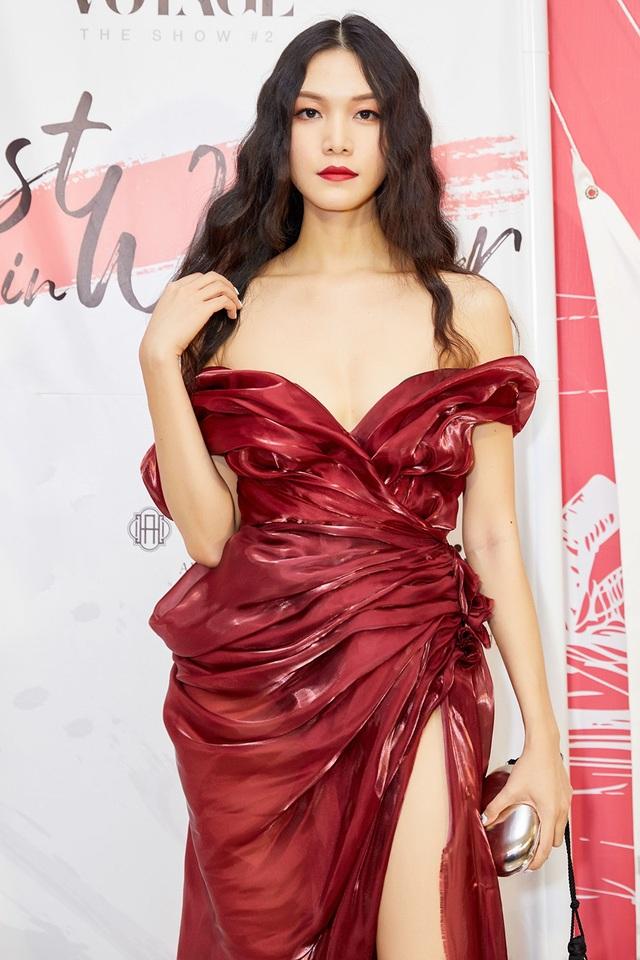 """Hoa hậu Thùy Dung: """"Tôi thấy bản thân ngu quá khi đánh mất nhiều cơ hội"""" - 1"""