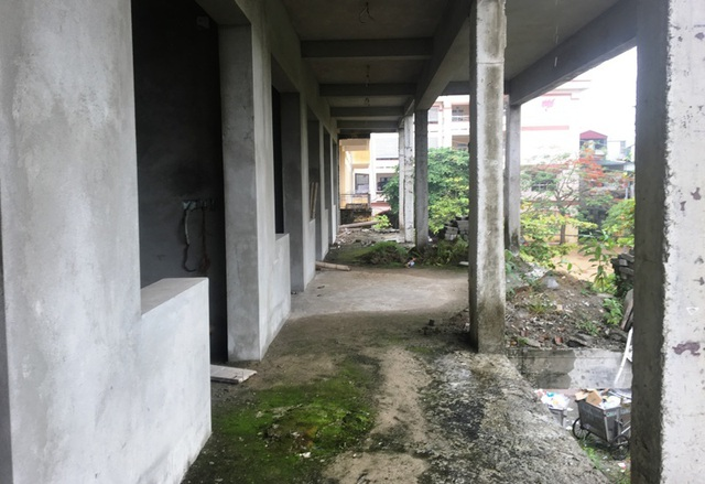 Nhà trường khốn khổ vì công trình xây dựng dở dang suốt nhiều năm - 6