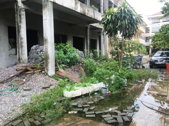 Nhà trường khốn khổ vì công trình xây dựng dở dang suốt nhiều năm - 4