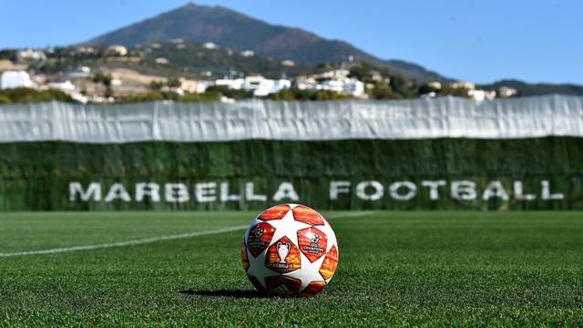 Liverpool nhanh chóng tập luyện sau khi tới Tây Ban Nha - 1