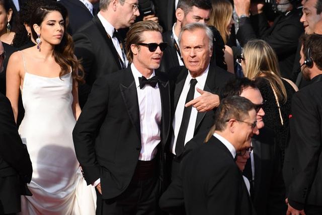 Brad Pitt lịch lãm bên Leonardo DiCaprio - 10