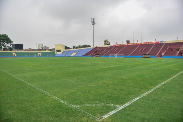 Toàn cảnh SVĐ ở Phú Thọ tổ chức trận giao hữu U23 Việt Nam - U23 Myanmar - 13