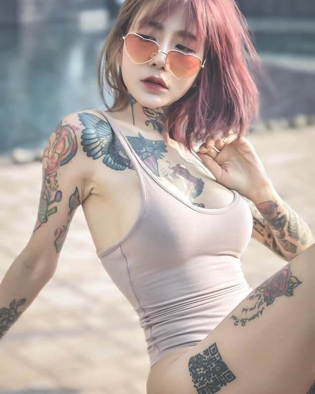 3 kiều nữ xăm Thái Lan: Mặt xinh như búp bê, da dính mực vẫn đẹp nuột nà - 13