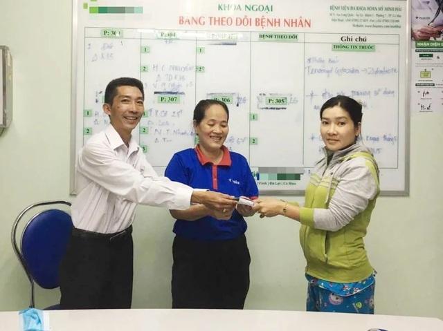 Cà Mau: Nữ nhân viên dọn vệ sinh buồng bệnh không tham của rơi - 1