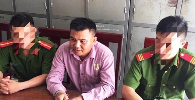 Hứa chạy án, Chủ tịch hội cựu chiến binh xã bị bắt - 1