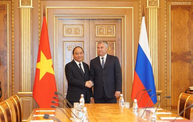 Thủ tướng Nguyễn Xuân Phúc hội kiến Chủ tịch Duma và Chủ tịch Hội đồng Liên bang Nga - 1