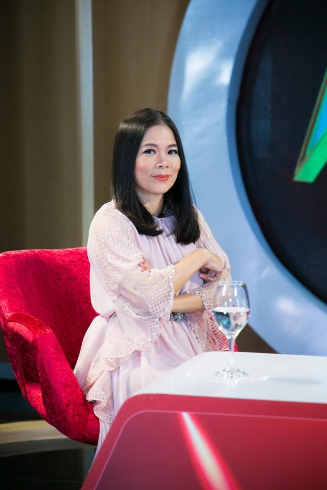 Mỹ Lệ tiết lộ lí do bỏ nghề hát khi có cuộc sống giàu có với chồng Việt kiều - 1
