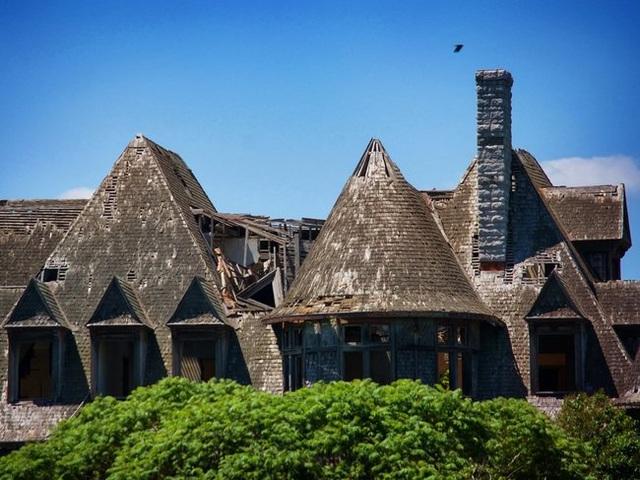 Những căn nhà đổ nát có giá hàng trăm nghìn tỷ - 3