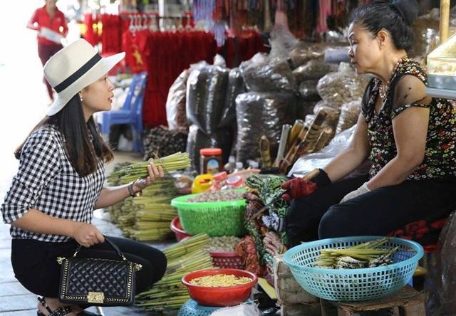 Sởn da gà nếm thử 5 đặc sản từ sâu béo núc ở Việt Nam - 5