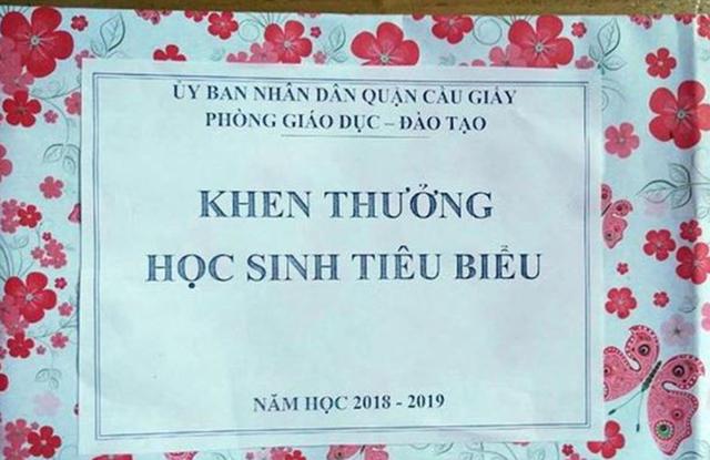 Phòng Giáo dục quận Cầu Giấy xin lỗi phụ huynh, học sinh về phần thưởng là tờ giấy - 2