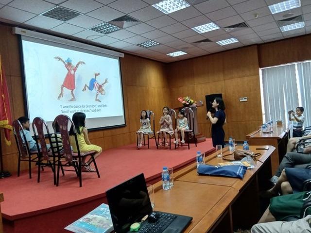 Tập huấn giáo viên tiểu học về phương pháp dạy tiếng Anh theo chương trình mới - 1
