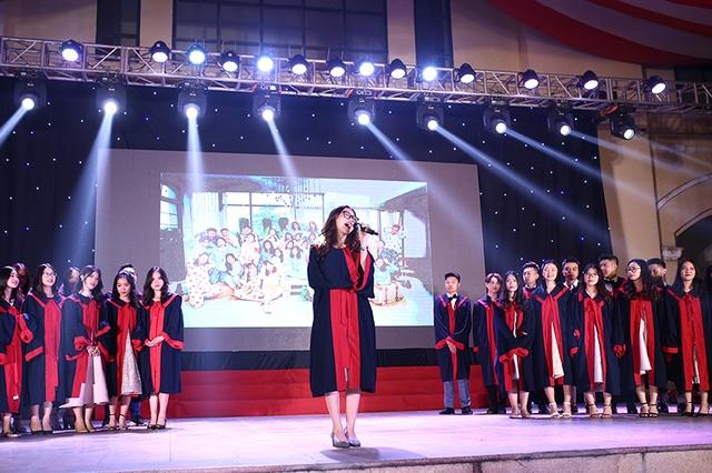 Lễ tri ân xúc động của thầy trò trường Chu Văn An - 7