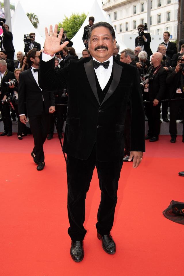 Không nghiện khoe thân, Trương Thị May kín đáo trên thảm đỏ Cannes cùng Leonardo Dicaprio - 7