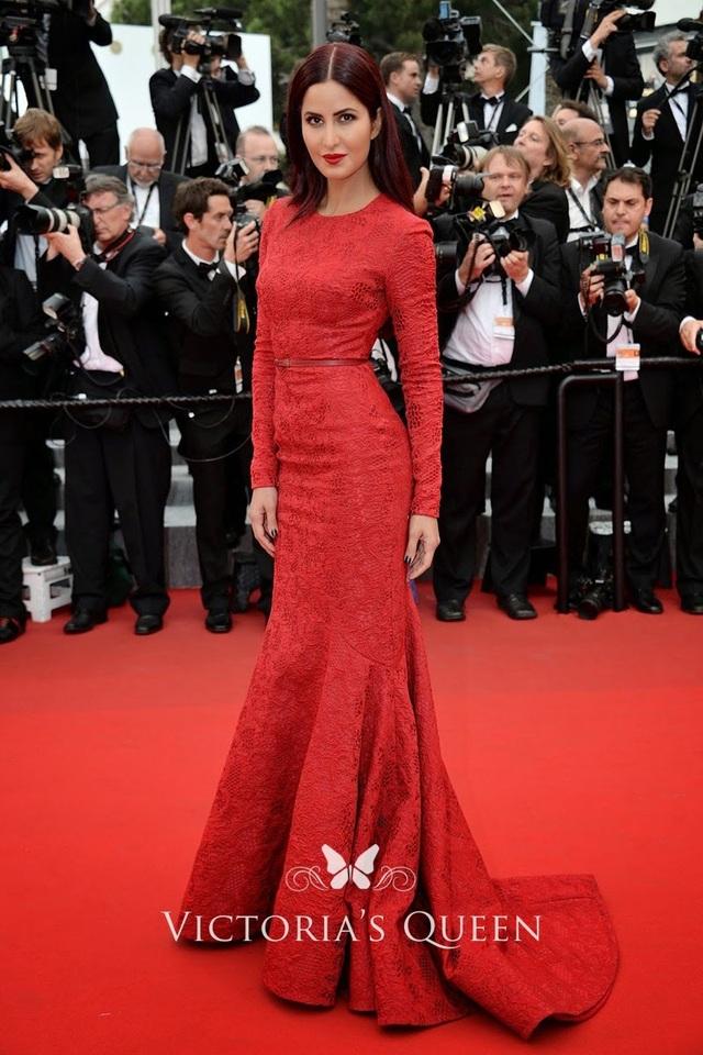 Khi người đẹp chuộng váy đỏ tại Cannes - 16