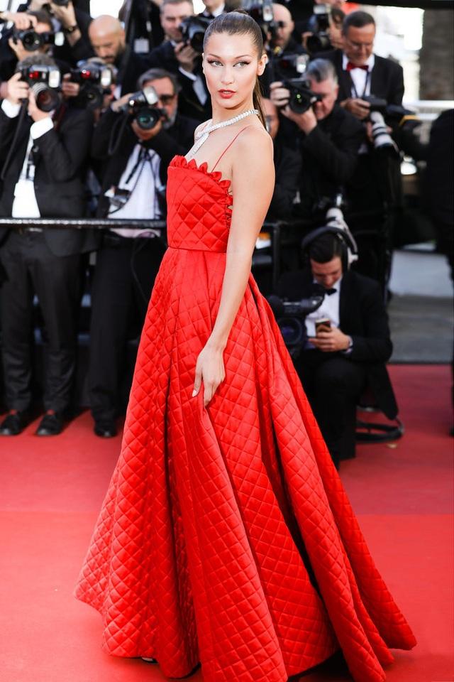 Khi người đẹp chuộng váy đỏ tại Cannes - 4