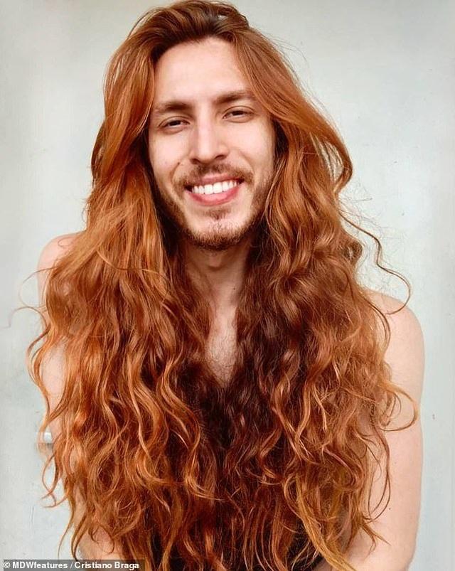 Kinh ngạc nam diễn viên có mái tóc đẹp khiến nữ giới cũng phải ghen tị - 3
