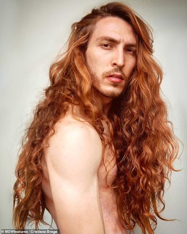 Kinh ngạc nam diễn viên có mái tóc đẹp khiến nữ giới cũng phải ghen tị - 5