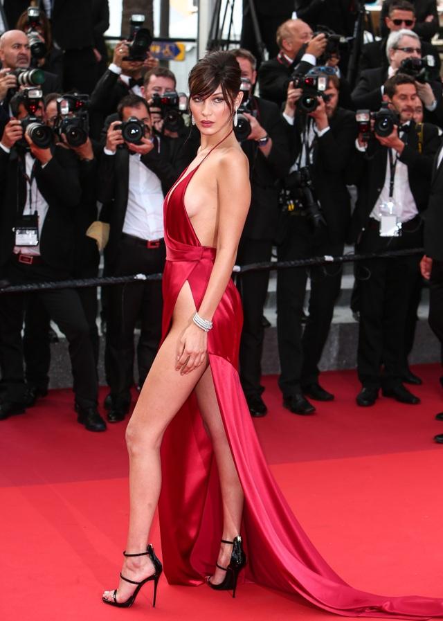 Khi người đẹp chuộng váy đỏ tại Cannes - 3