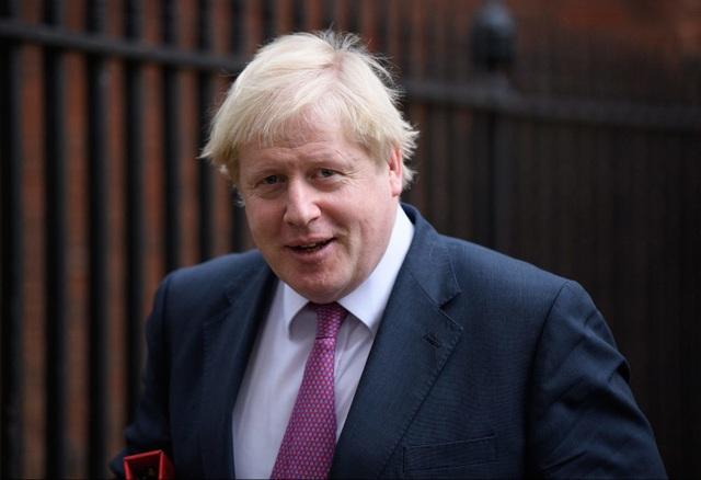 Thủ tướng Anh Theresa May nghẹn ngào tuyên bố từ chức - 2