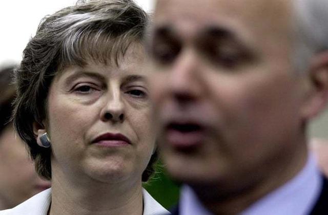 Chặng đường chính trị sóng gió của nữ thủ tướng thứ hai trong lịch sử Anh - 2
