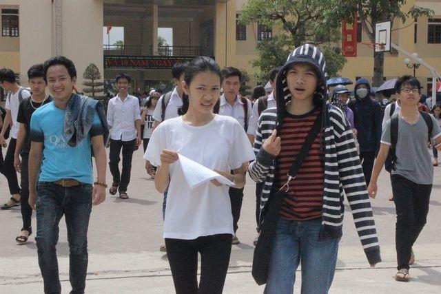 Hà Tĩnh: Không để học sinh nào phải bỏ thi vì quá khó khăn - 1