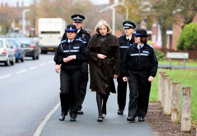 Chặng đường chính trị sóng gió của nữ thủ tướng thứ hai trong lịch sử Anh - 5