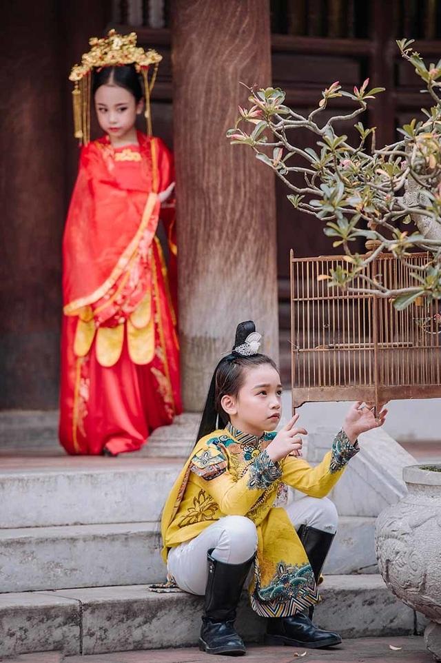 """Bé gái 8 tuổi """"gây sốt"""" trong bộ ảnh cover """"Anh ơi ở lại"""" của Chi Pu - 4"""